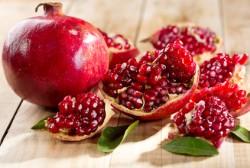 Granatapfel Informationen und Kalorien / Nährwerte